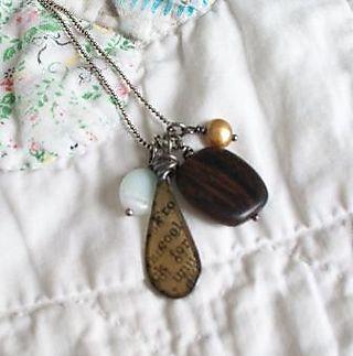 Vinnewscharmnecklace