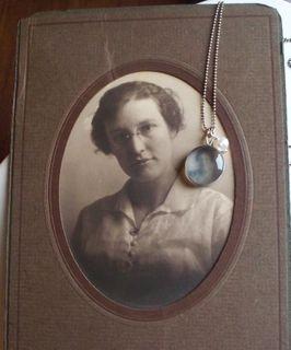 Della and pendant
